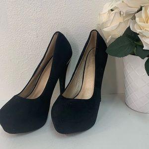 Elegant black high heel